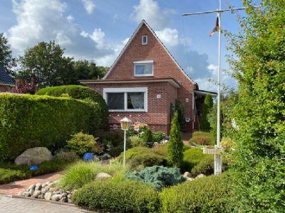 Drochtersen-Nindorf: Einfamilienhaus mit großem Grundstück in ruhiger Lage