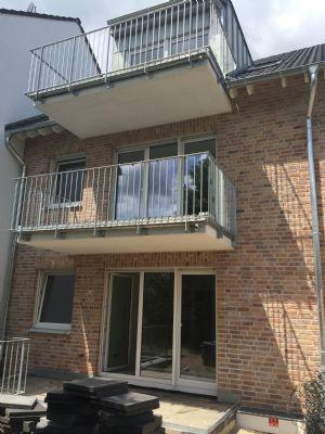 2 zimmerwohnung im dg mit offener wohnk che und balkon wohnung bonn 2ager4d. Black Bedroom Furniture Sets. Home Design Ideas