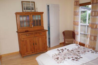 Wohnraum mit angrenzendem Bad (2.Bad) Wohnung 1