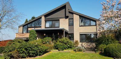 Großes Einfamilienhaus mit viel Gestaltungsfreiraum
