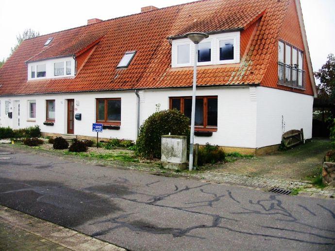 XXL Doppelhaushälfte in Osterrönfeld (Kanalnähe)