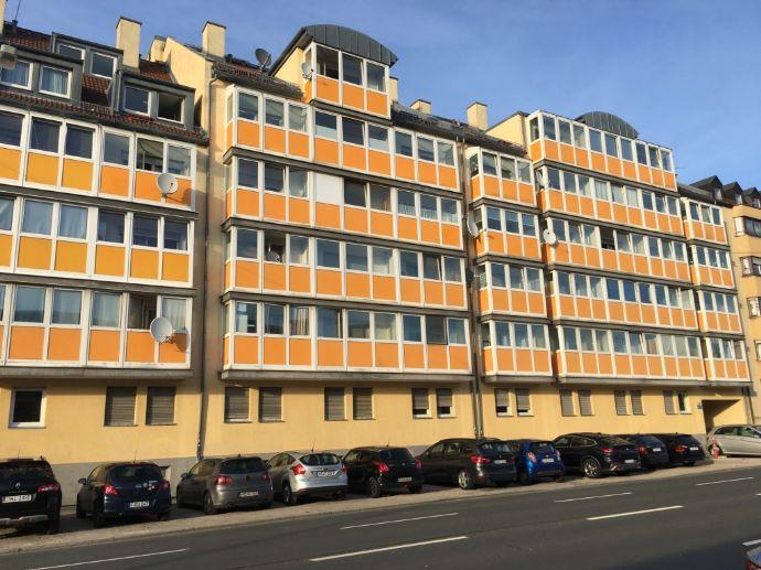 Freie 1 Zimmer Wohnung mit Tiefgarage in idealer Südstadtlage Nürnberg