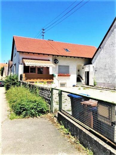 2 Einfamilienhäuser auf ca. 1960 m² Baugrund, Scheune/Werkstatt, 3 Garagen, 3 Stellplätzen