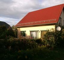 Sehr schönes Einfamilienhaus mit großem Grundstück