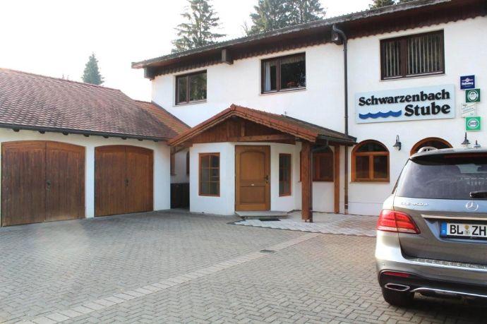 Vielseitig: Wohnen, 160 m² Wfl., zusätzl. Nutzung im EG als 2. Whg., Büro, Niederlassung, Praxis