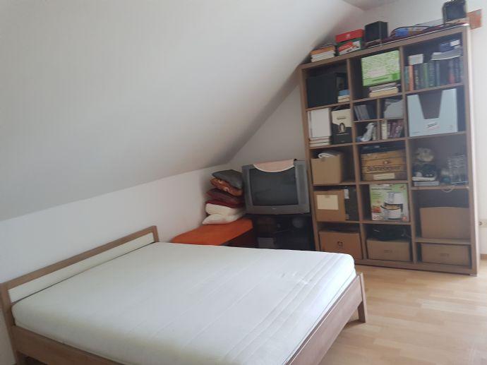 Schöne Dachgeschosswohnung in Meppen zum 01.08.2021 zu vermieten