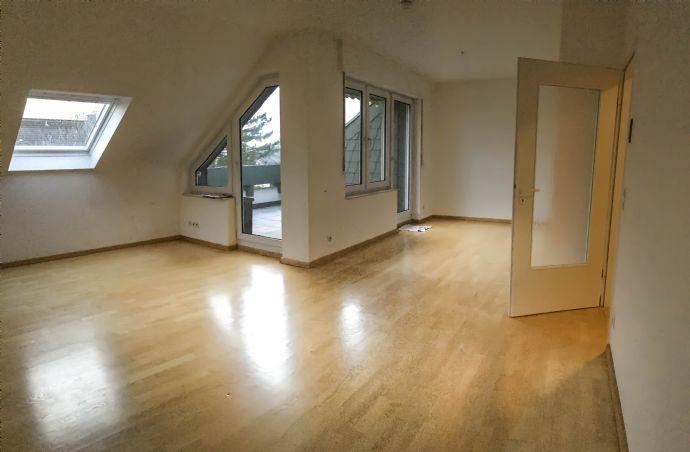 2-Zimmer-Wohnung mit Balkon und Einbauküche
