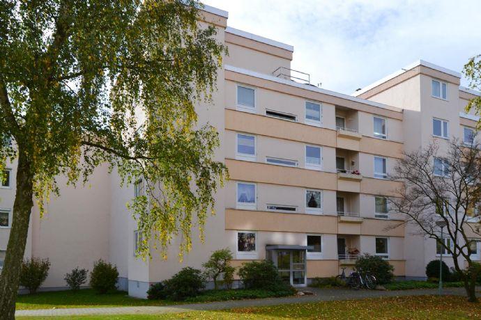 3-Zimmer-Wohnung mit Südbalkon (Kaufpreis zzgl. Erbbauzins 300 € p.a., Restlaufzeit bis 31.07.2070)