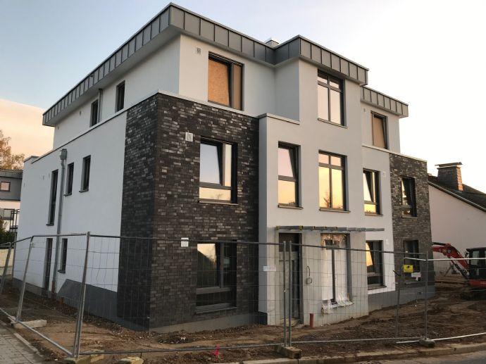 großzügige 3 Zi. in Mettmann in KfW 55-Haus mit Terrasse und Garten