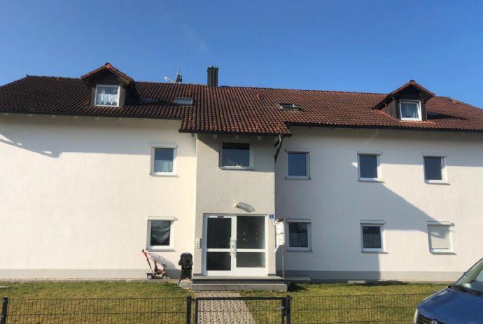 Helle & geräumige 4-Zimmer-Wohnung in Aidenbach
