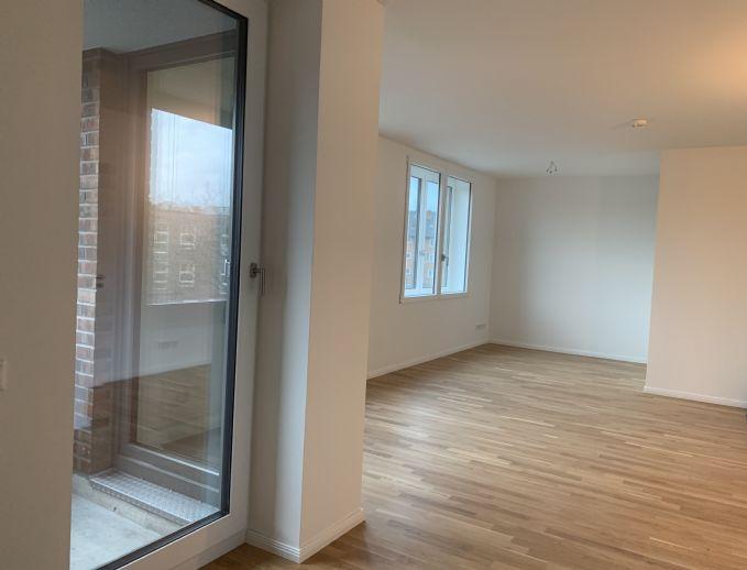 3 Zi. Neubauwohnung mit Balkon und Loggia, Erstbezug, Küche mit Markengeräten, Energie-Effizient (KfW 55)