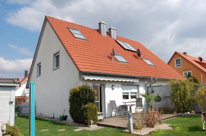 Reizvolle DHH in Großenseebach