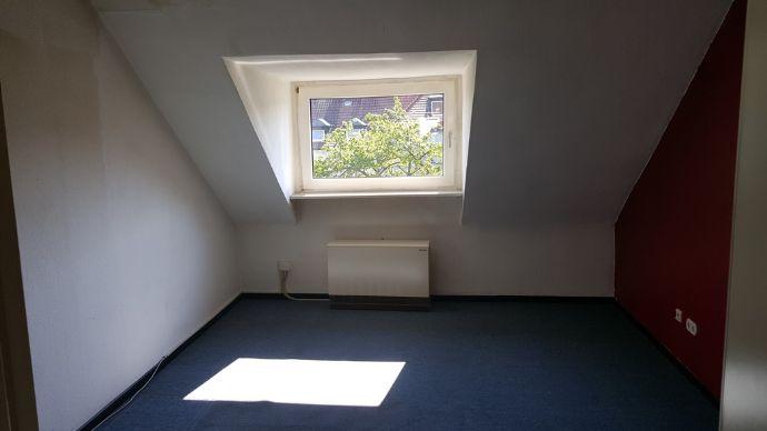 Geräumige 3 Zimmer-Wohnung in zentaler, ruhiger Lage in Schalke-Nord!
