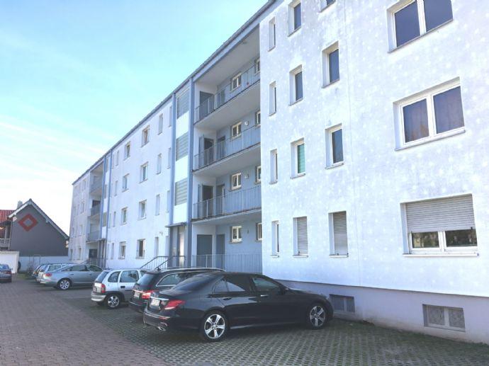 Frisch renovierte, große 2-Zimmer Wohnung in Kaiserslautern
