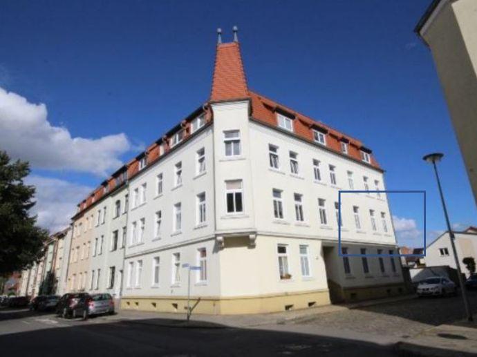 GÜSTROW bei Rostock: schöne 2R-Mietwohnung, zentrale, ruhige Lage m. Terrasse