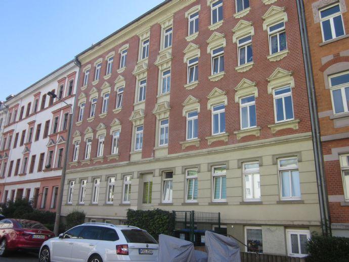 Schöne DG- Wohnung in Gohlis- Mitte