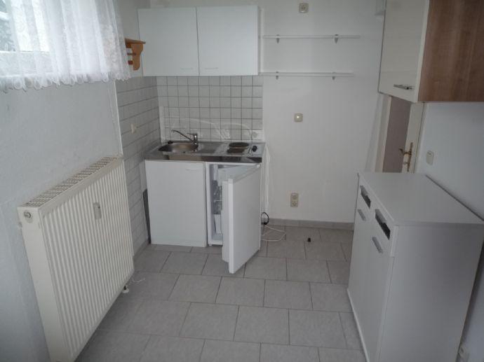 1 Raum Wohnung mit Pantry Küche in Erfurt-Möbisburg