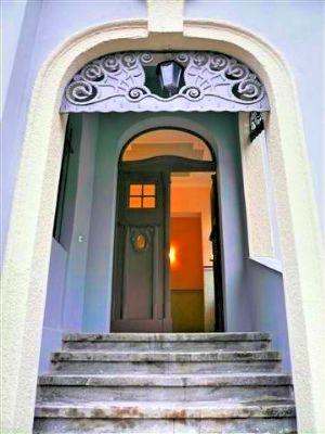 Wunderschöne Maisonette in herrschaftlicher Villa!