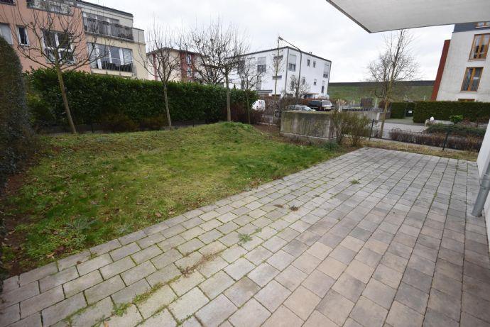 Frankfurter Bogen: Großzügige 3-Zi.-Neubau-Wohnung mit XL-Garten+Terrasse, offenem Wohn-/Essbereich, EBK, 1A-TL-Bad & Parkett