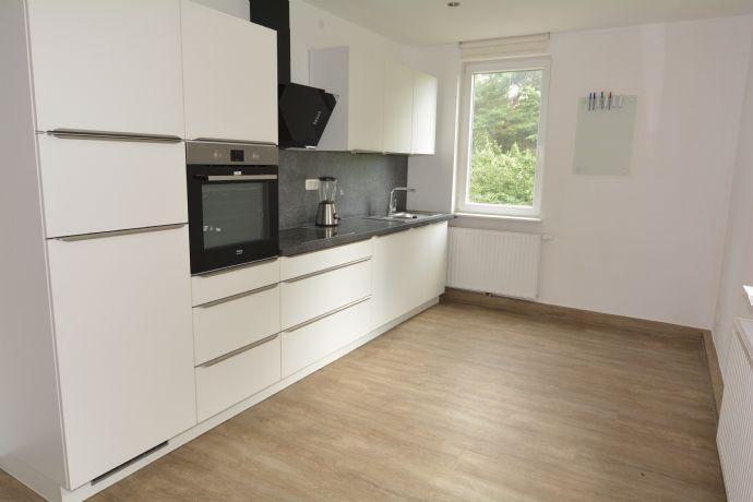 Gemütliche 3-Zi.-Wohnung mit EBK in Coburg Stadt, für 2er WG geeignet