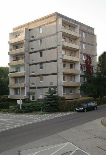 sanierte Single-Wohnung mit Balkon in ruhiger Lage