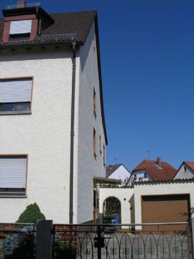 3-Familien-Doppelhaushälfte in ruhiger Wohnlage, Langen