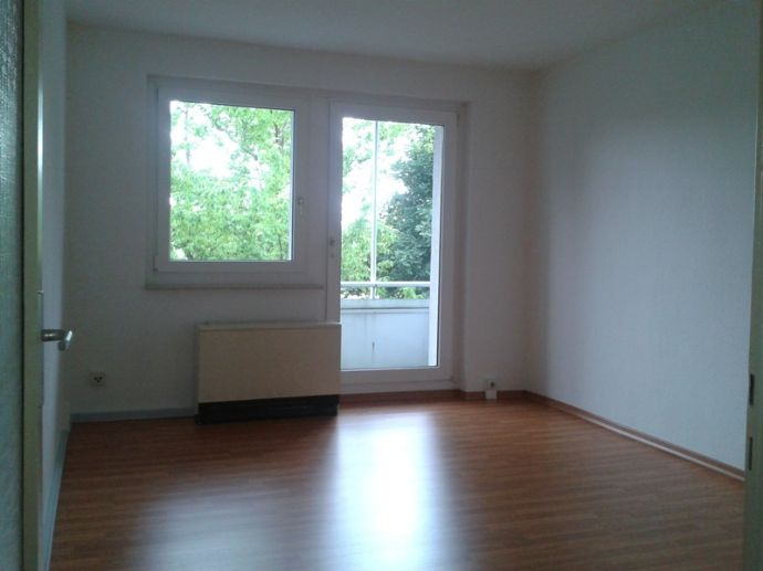 3- Raumwohnung mit Balkon in Kodersdorf !
