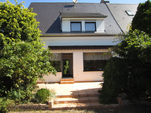 Doppelhaushälfte Nürnberg Leyh - stadtnah in grüner Umgebung
