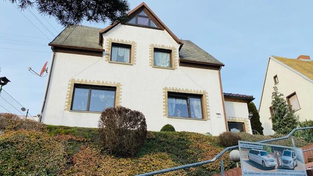 Anlageobjekt oder Eigennutzer, tolles Zweifamilienhaus in Langendorf