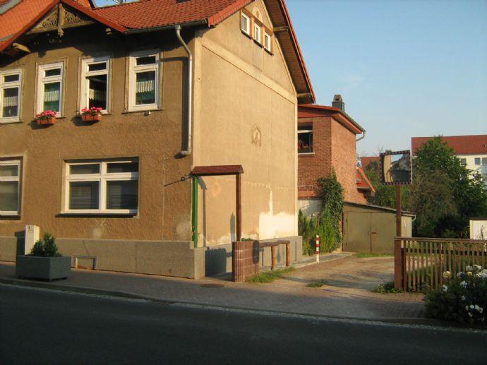Großzügiges Wohnen mit Terrasse und Garten - 17 Zi. in Bleicherode (3 Wohnungen und Partyraum)