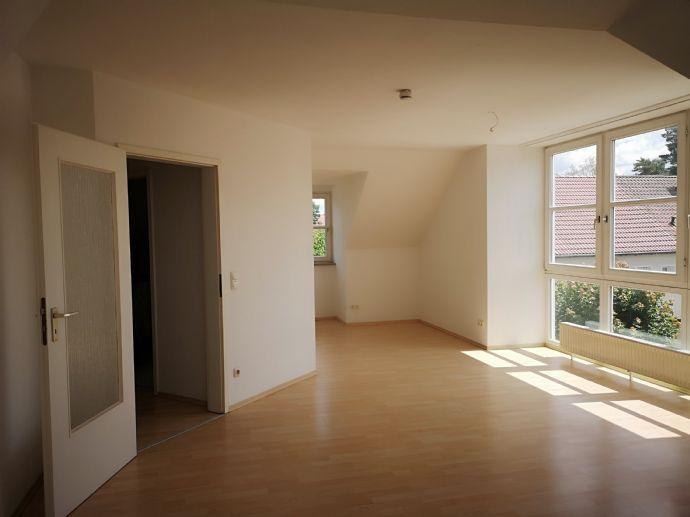 3-Zimmer-DG-Wohnung, 75 qm, in Erlangen-Bruck ab sofort zu vermieten