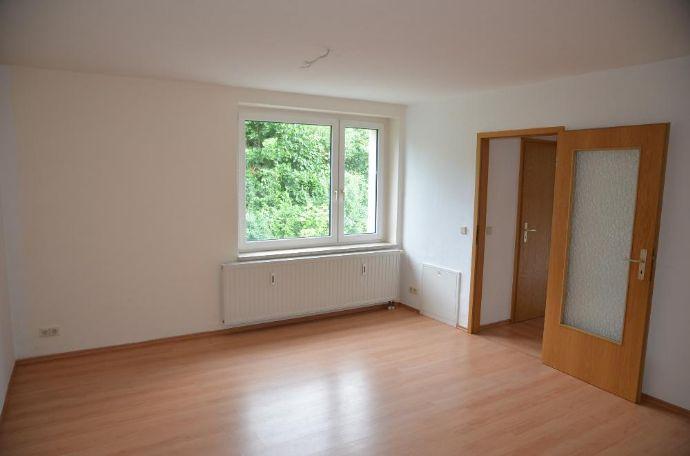 1 Monat mietfrei geschenkt! Helle, sonnige 2-Raum-Wohnung in Reichenbach mit herrlichem Blick über die Stadt