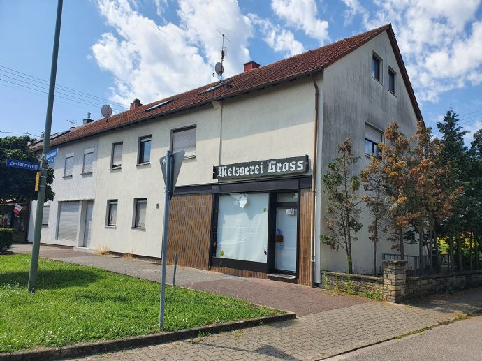 2 Familienhaus mit Gewerbeeinheit in Karlsruhe Neureut