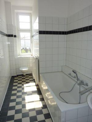 *** Klassik trifft auf Moderne – Stilvolle 3-Raumwohnung mit Tageslichtbad *** - WE 04 - Zeit für mehr!