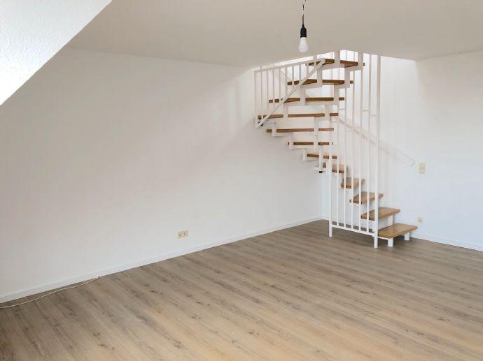 Jetzt zugreifen: Großzügige Wohnung über 2 Ebenen mit Küche - im Zentrum von Werl / Tiefgarage / Aufzug / Hausmeister