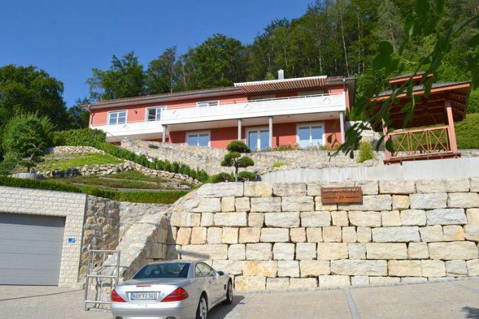 Traumhafte Lage: exklusive Öko-Villa auf 375qm Wohlfühl-Fläche
