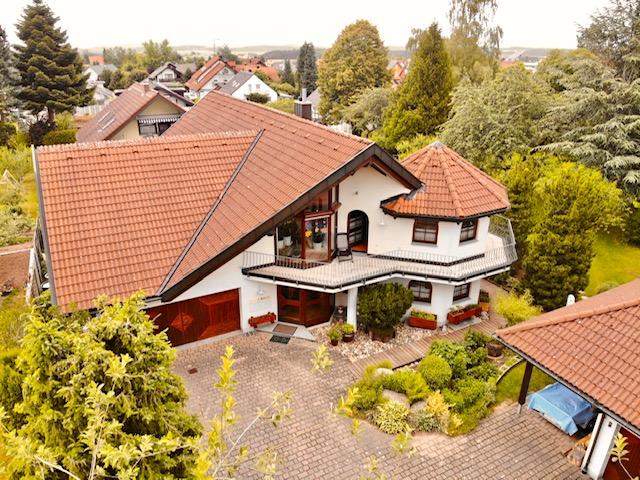 Eine VISION zum Wohnen und Leben + Villa mit 2 Einliegerwohnungen VHB