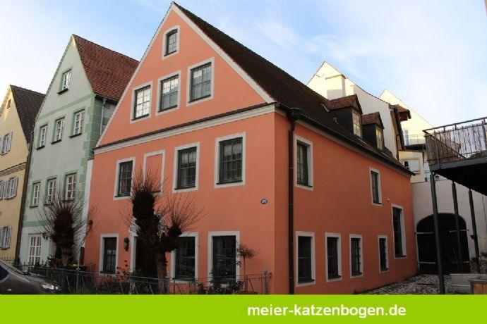 Historisches Denkmalschutzhaus in der Neuburger Altstadt