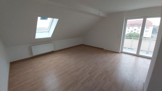 #Erstbezug# sanierte 4-Raum-Dachgeschosswohnung mit Balkon
