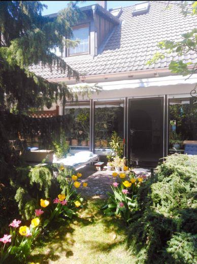 Wunderschöne Doppelhaushälfte mit Garten in guter Lage