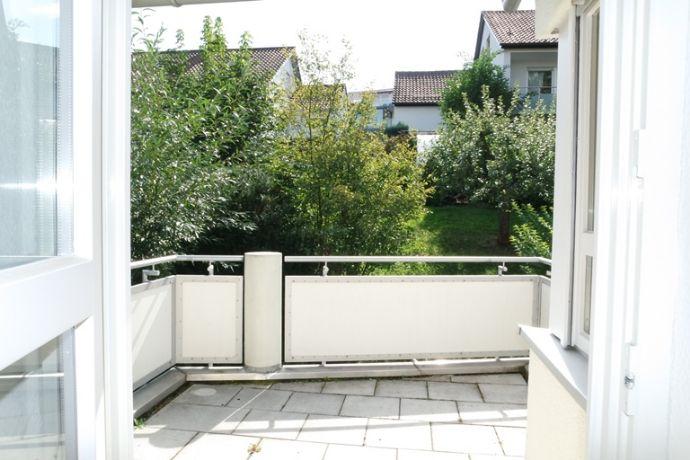 Freie 3 1/2-Zimmer-ETW mit Süd-Balkon, Hobbyraum und TG-Stellplatz in L.-E.-Stetten