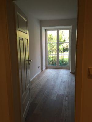 leben wie ein schlossherr zwischen augsburg m nchen maisonette mering schwab 2cgqs43. Black Bedroom Furniture Sets. Home Design Ideas