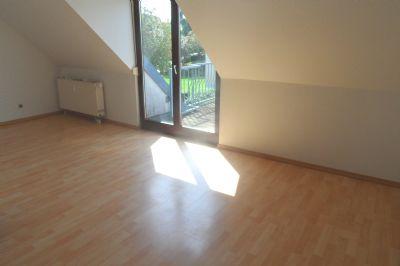 ab ins neue zuhause attraktive 3 zmmer wohnung mit balkon in steinpleis wohnung werdau 2bnx743. Black Bedroom Furniture Sets. Home Design Ideas