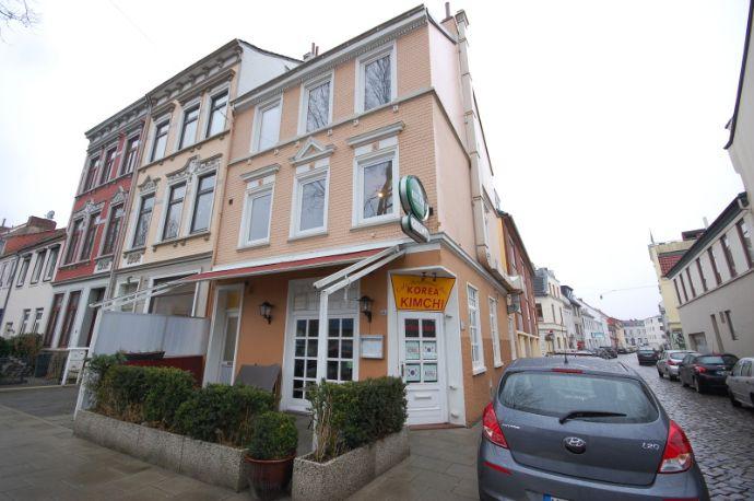 Steintor: sehr schönes, gepflegtes Mehrfamilienhaus mit 3 Einheiten (provisionsfrei)