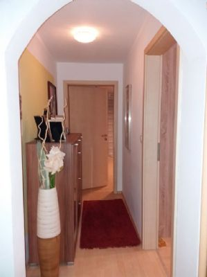 renoviertes 1 2 familienhaus k nigsbrunn einfamilienhaus k nigsbrunn 2mtxn4y. Black Bedroom Furniture Sets. Home Design Ideas