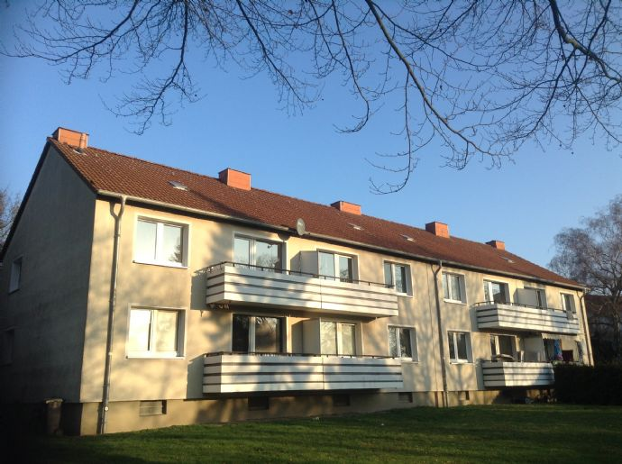 Zentral gelegene 3-Zimmer-Wohnung mit Einbauküche in einem 4-Familienhaus in Bergkamen, Lessingstraße zu vermieten!