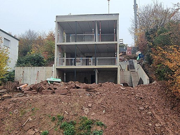 BAUBEGINN Einfamilienhaus mit Terrasse und
