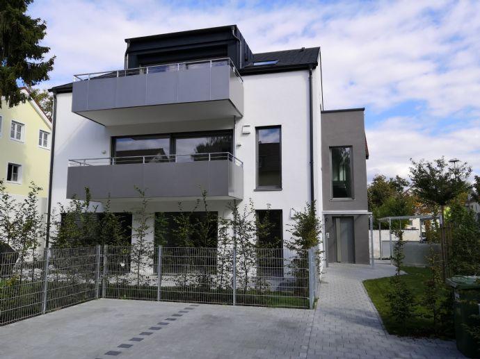 Helle 4-Zimmer-Dachgeschosswohnung mit offenem Dachstuhl