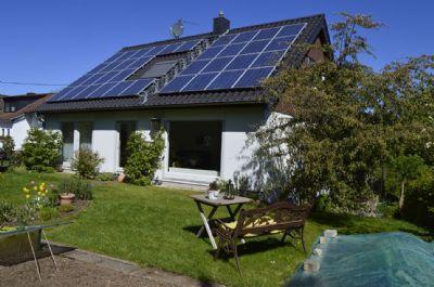 Ansprechendes, freistehendes, gepflegtes Einfamilienhaus mit ELW ,nahe Nürburgring in Dockweiler, Vulkaneifel.