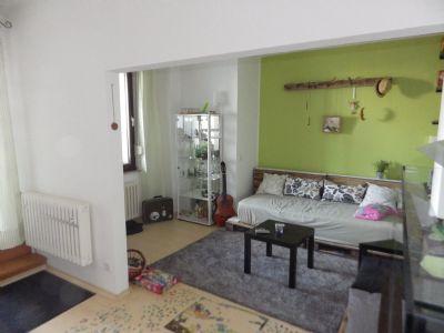 Wohnzimmer einer Wohnung im 1.OG